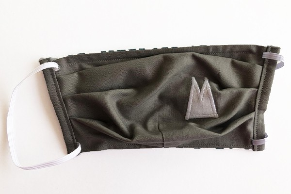 Alltagsmaske - Grau mit weißen Dom-Spitzen