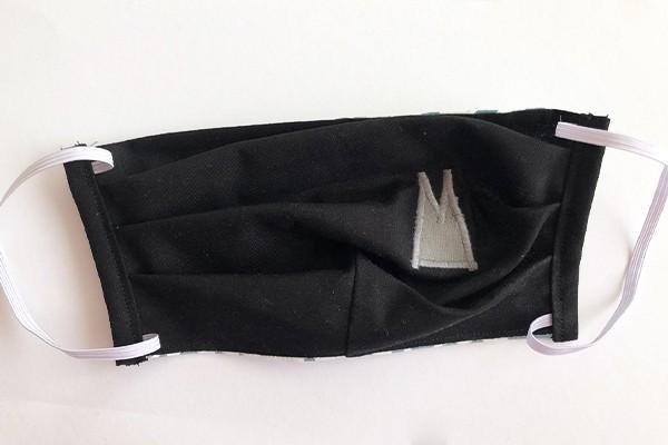 Alltagsmaske - Schwarz mit grauen Dom-Spitzen