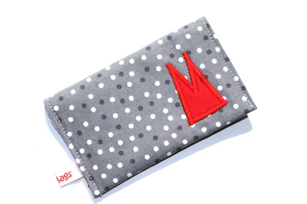 Karten-Etui - Grau-weiße Tupfen / rote Domspitzen