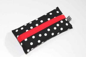 Taschentücher-Box-klein - Schwarz-weiße Tupfen mit rotem Dom